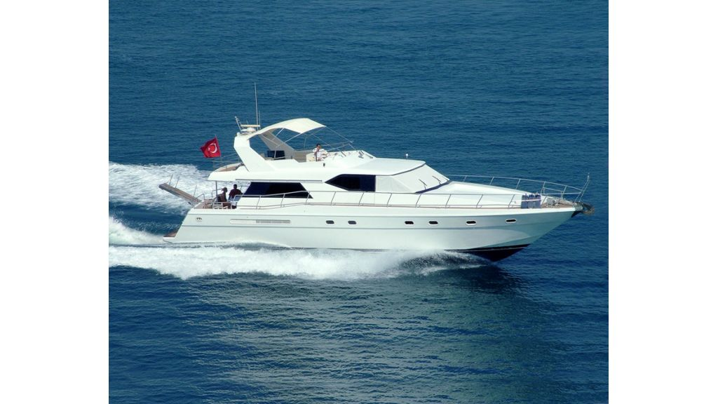 Motoryacht for sale (2)