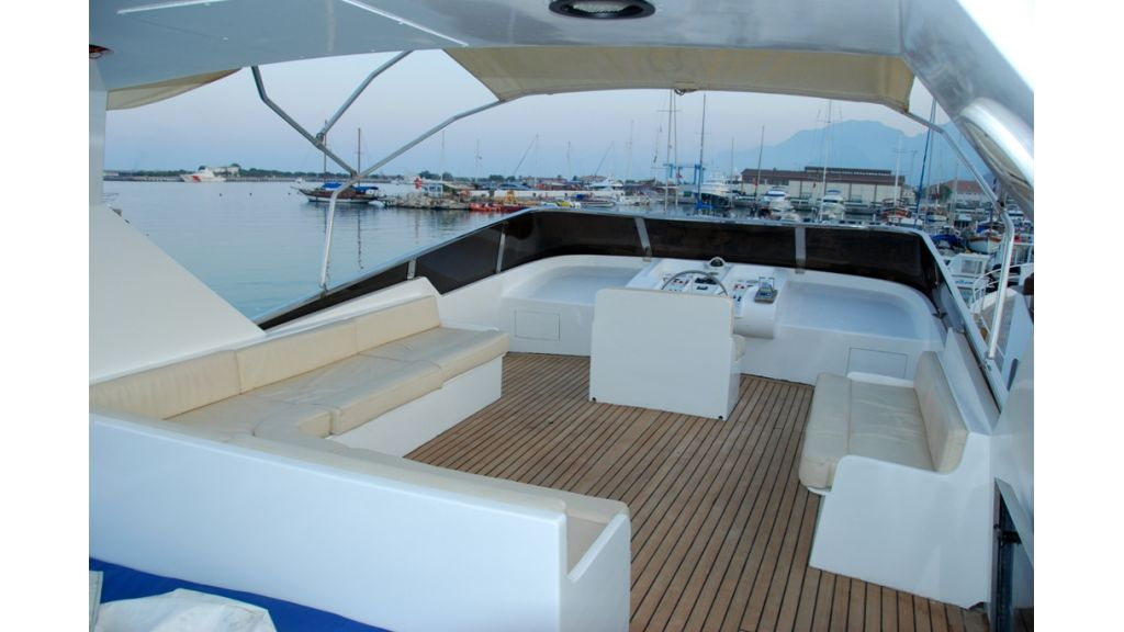 Motoryacht for sale (3)