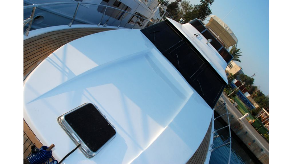 Motoryacht for sale (9)