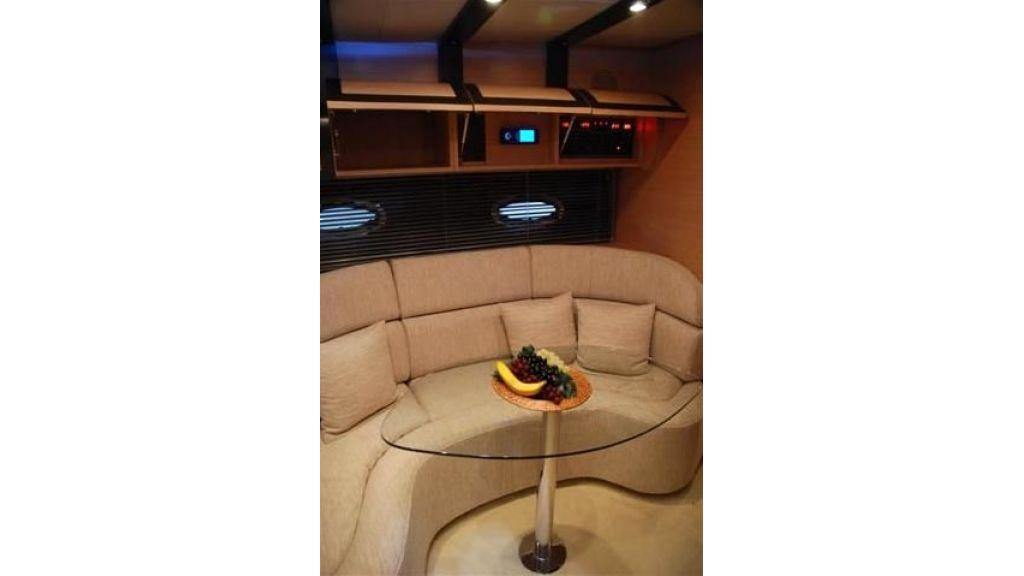 Voyager 45 motoryacht (8)