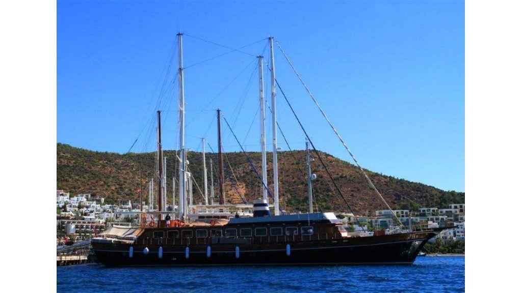 Halis temel yacht (4)