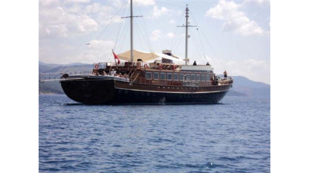 Halis temel yacht (6)