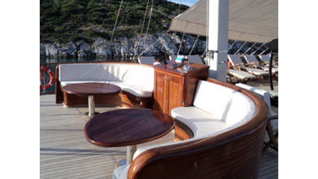 Halis temel yacht (15)