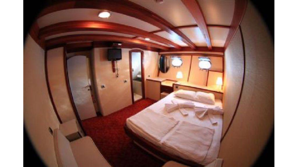 Halis temel yacht (21)