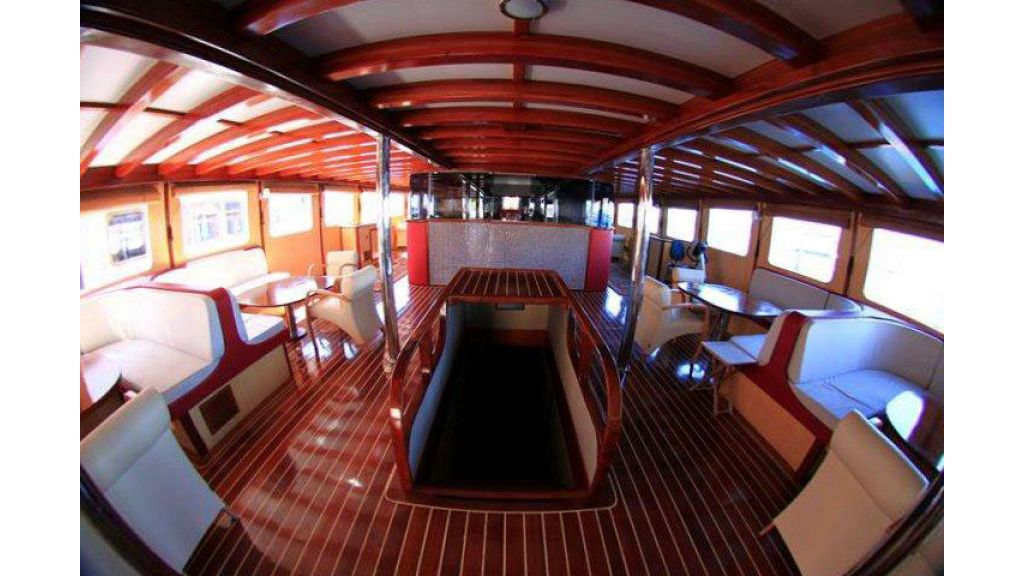 Halis temel yacht (2)