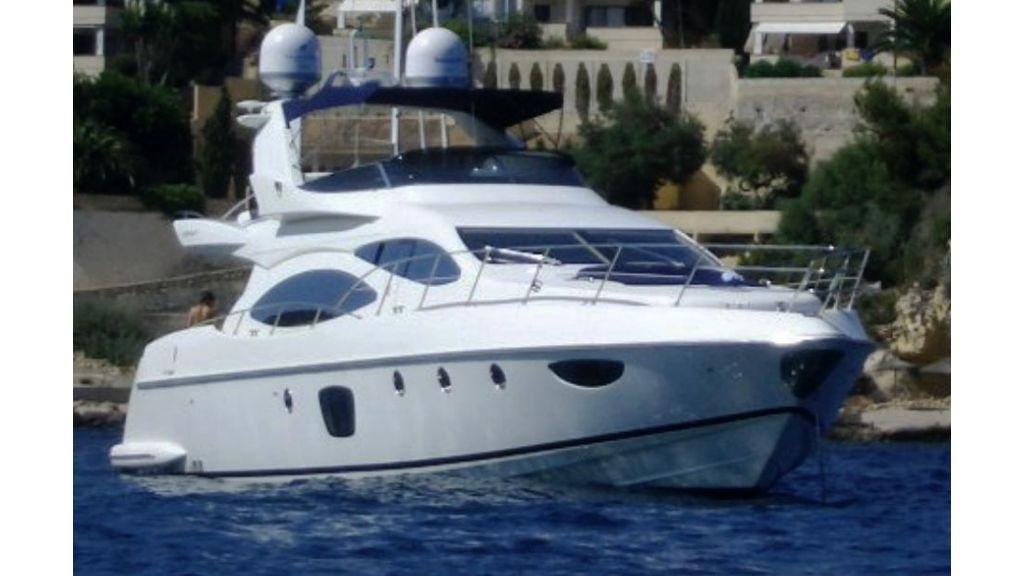 Azimut 68 motoryacht (1)