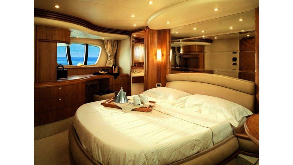 Azimut 68 motoryacht (2)