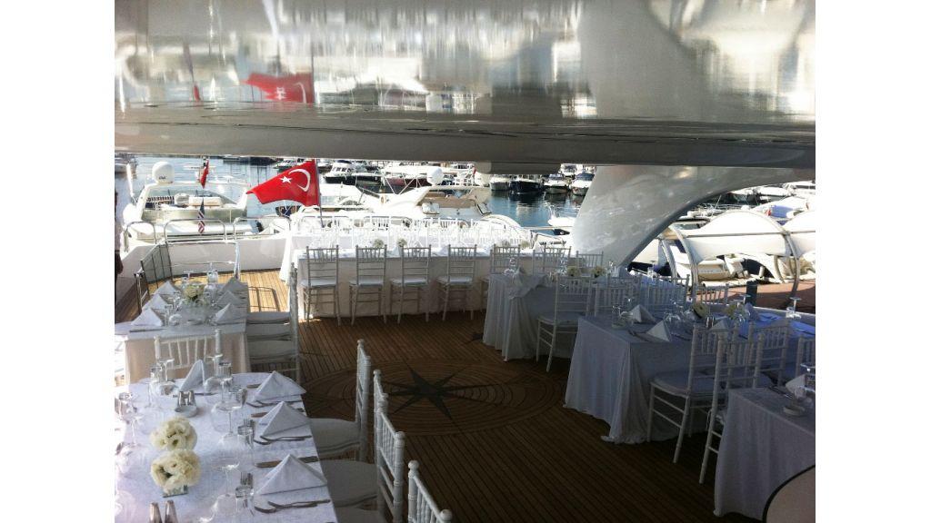Den Den Motoryacht in istanbul (14)