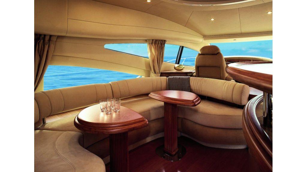 Azimut 68 motor yacht-master