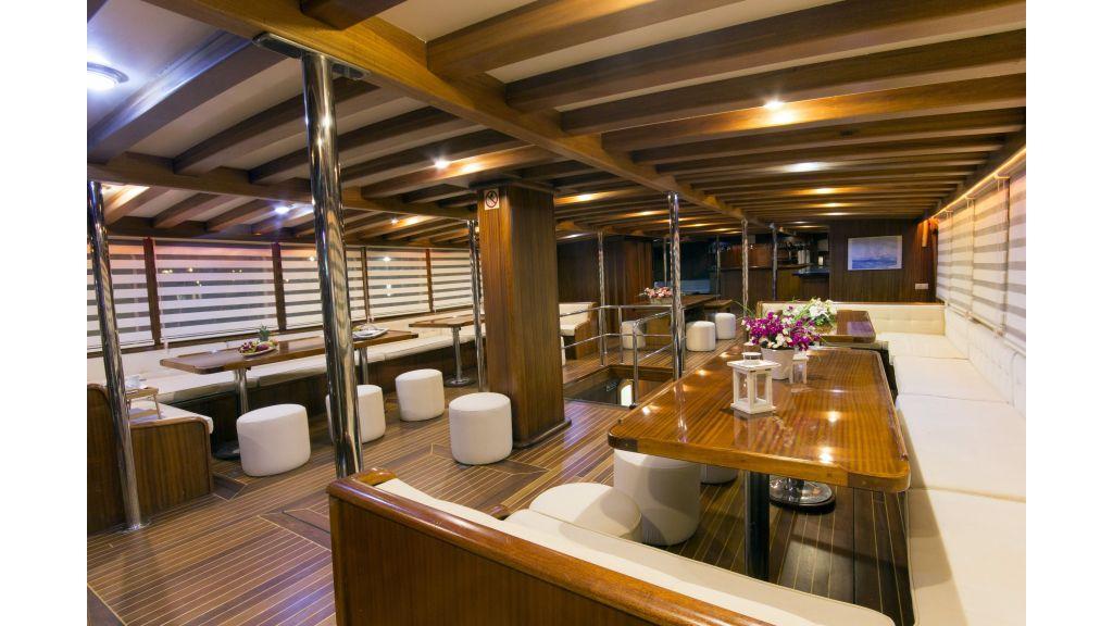 B&B Cabin Charter Gulet