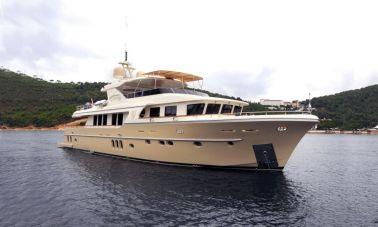 Sea Angel motor yacht master