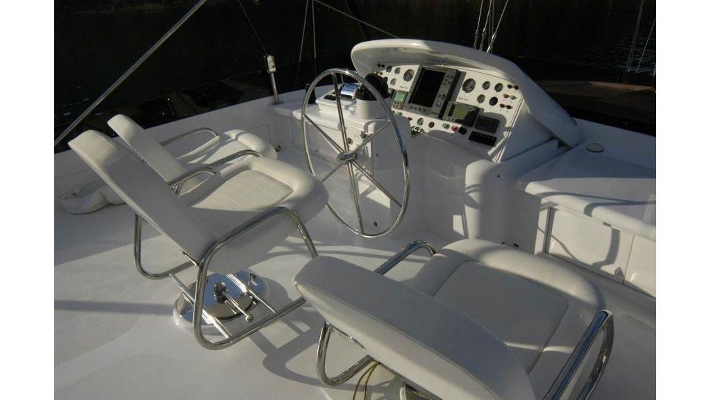 Custom Sailing Yacht (6)