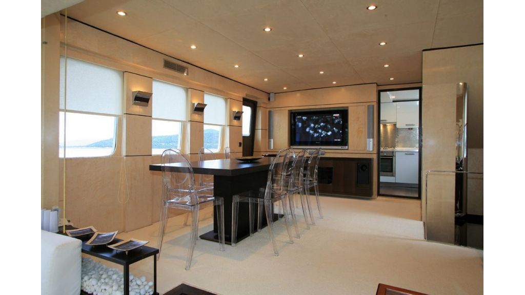 Dali-motor yacht-master
