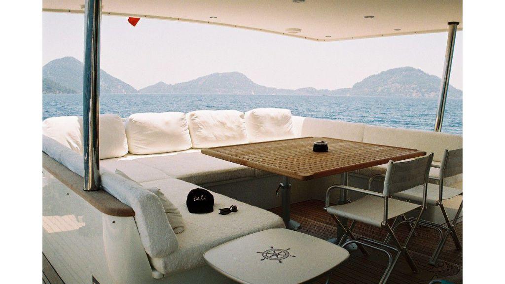 Dali-motor-yacht-master