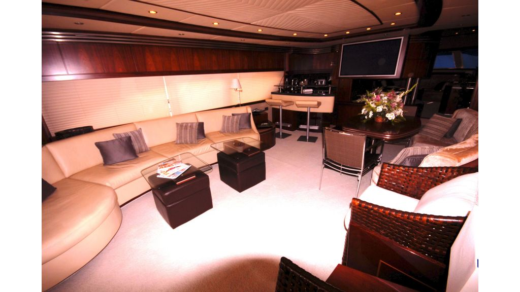 M.T. Time motor yacht
