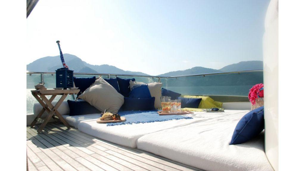 Fhoenix motoryacht (15)