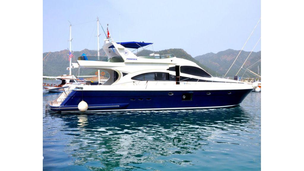 Fhoenix motoryacht (8)