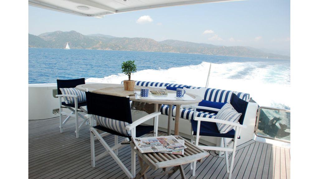 Fhoenix motoryacht (11)