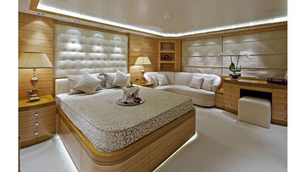 Mia Rama Mega Yacht (10)