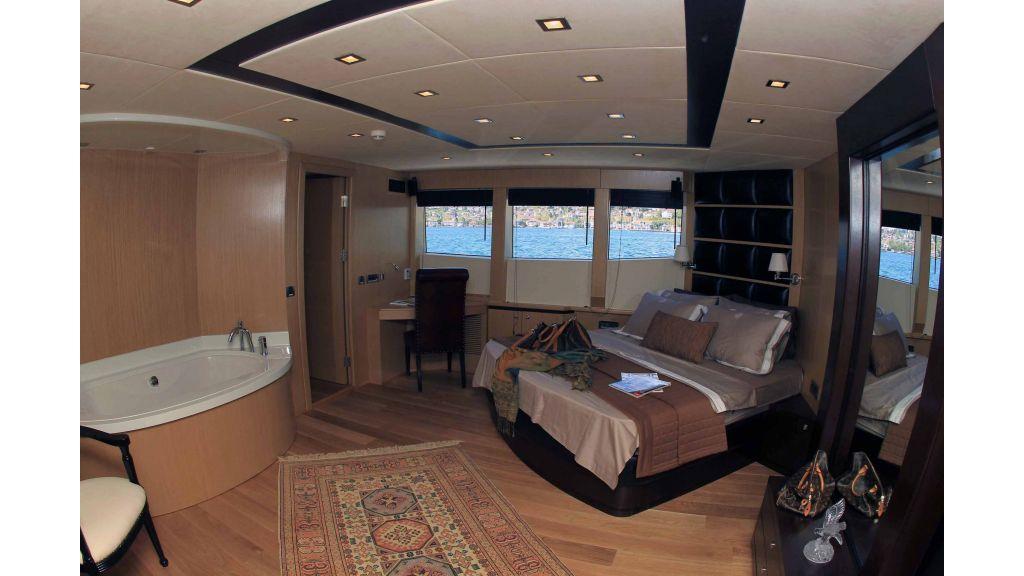 Smyrna-Motor-yacht-master