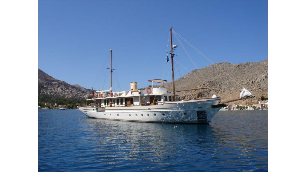 5096_classic motoryacht(36)