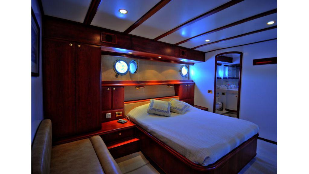 5096_classic motoryacht(61)