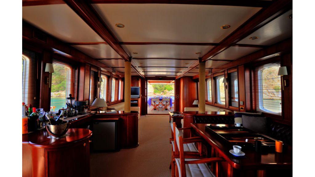 5096_classic motoryacht(64)