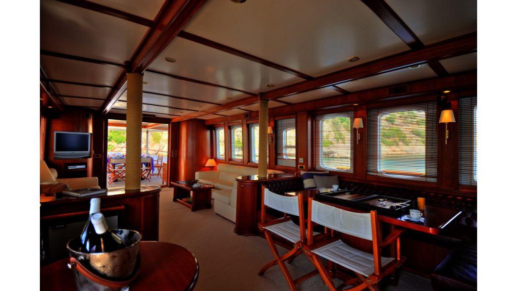 5096_classic motoryacht(65)