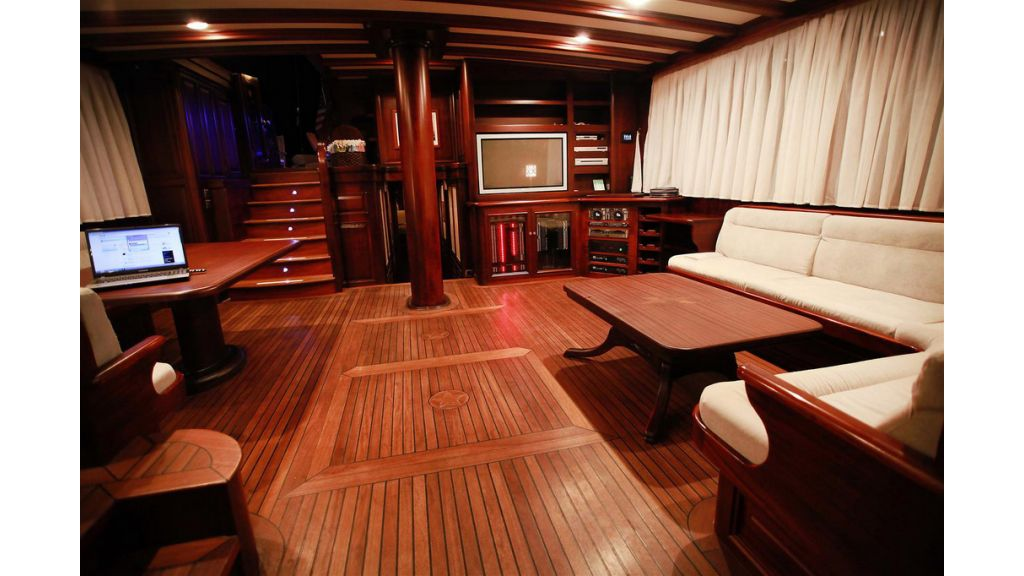 33 M GULET FOR SALE (15)
