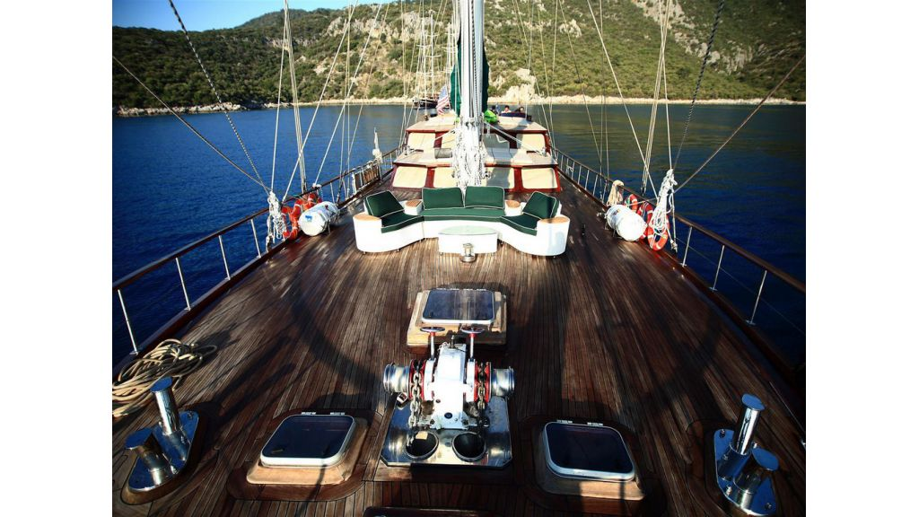 33 M GULET FOR SALE (16)