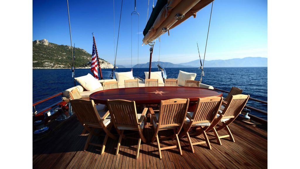 33 M GULET FOR SALE (18)