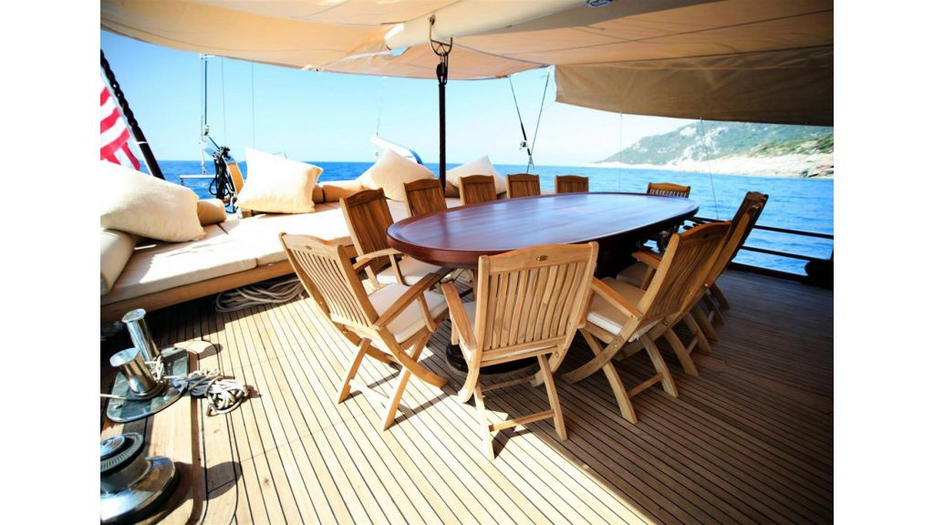 33 M GULET FOR SALE (20)