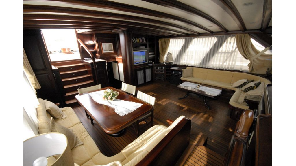 33 M GULET FOR SALE (23)