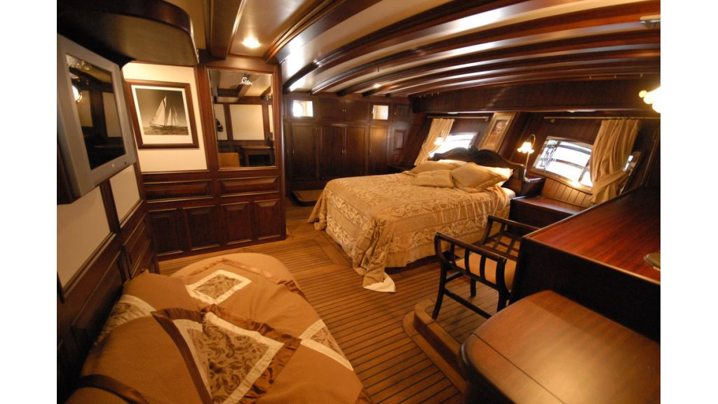 33 M GULET FOR SALE (28)