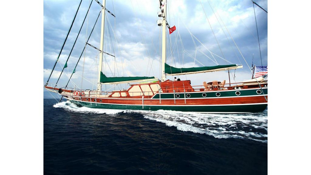 33 M GULET FOR SALE (6)