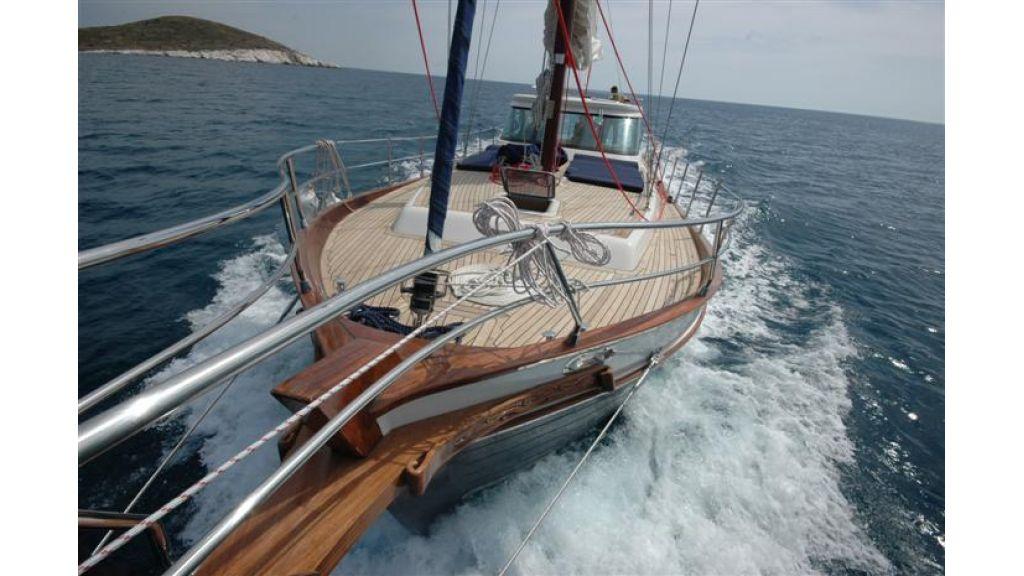 Sailing yacht (3)