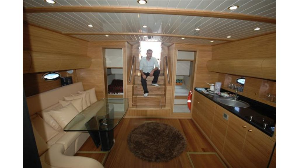 Sailing yacht (12)