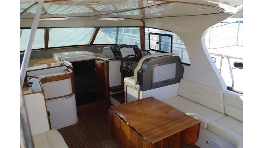 Sailing yacht (1)