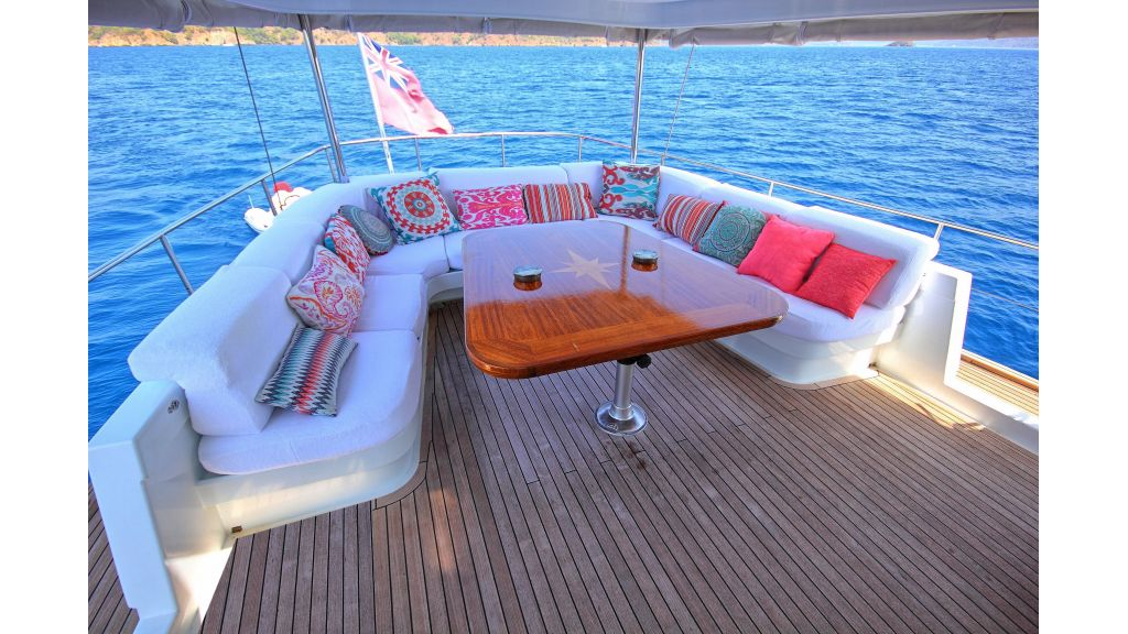 Custom Design Motor Sailer (18)
