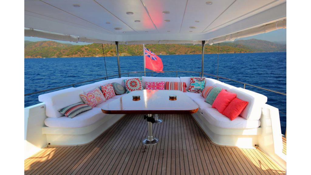 Custom Design Motor Sailer (21)