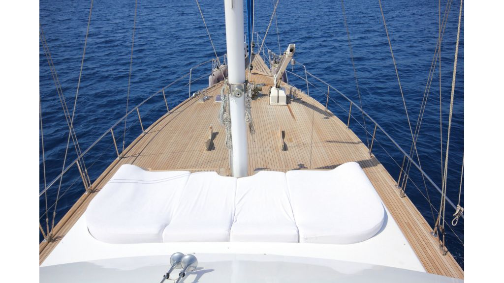 Custom Design Motor Sailer (33)