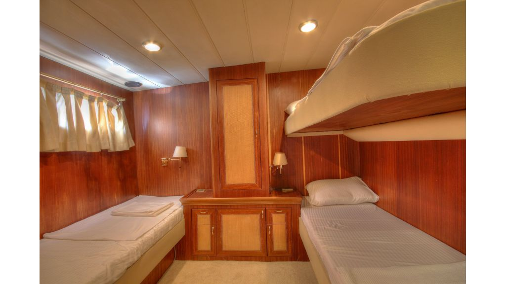 Custom Design Motor Sailer (57)