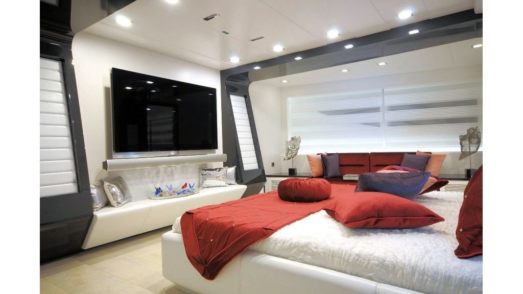 exclusive-motoryacht-for-sale-25