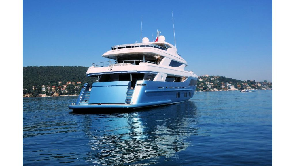 exclusive-motoryacht-for-sale-4