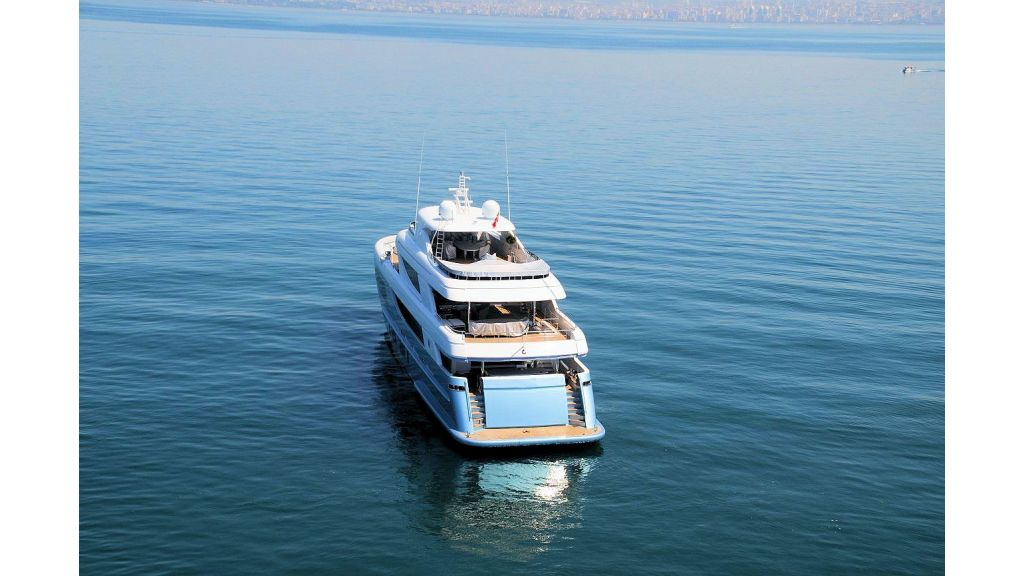 exclusive-motoryacht-for-sale-5