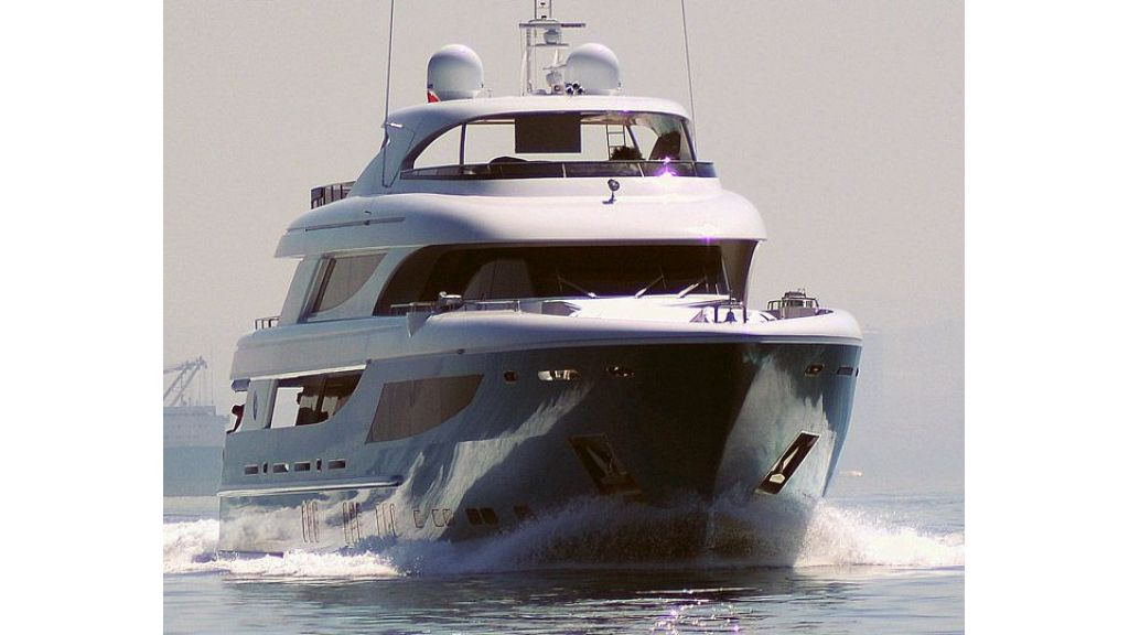 exclusive-motoryacht-for-sale-6