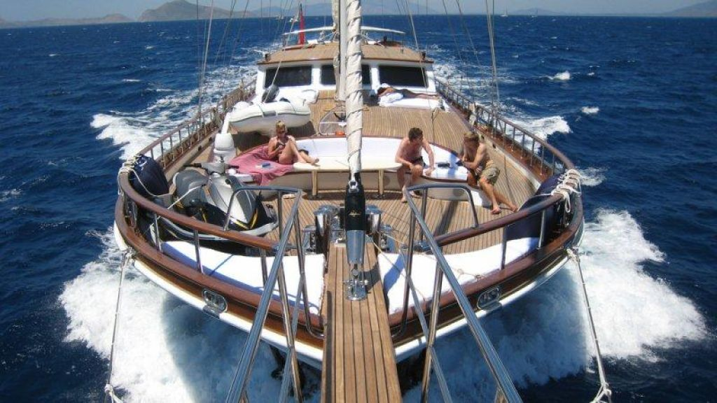 classic-sailing-gulet-for-sale (17)