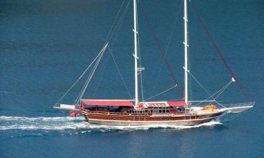 8_Cabins_charter_gulet_for_sale (10)