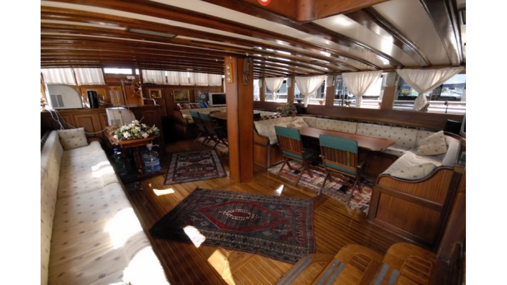8_Cabins_charter_gulet_for_sale (11)