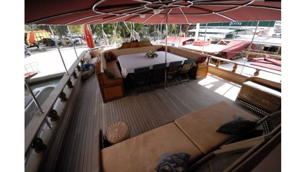 8_Cabins_charter_gulet_for_sale (13)